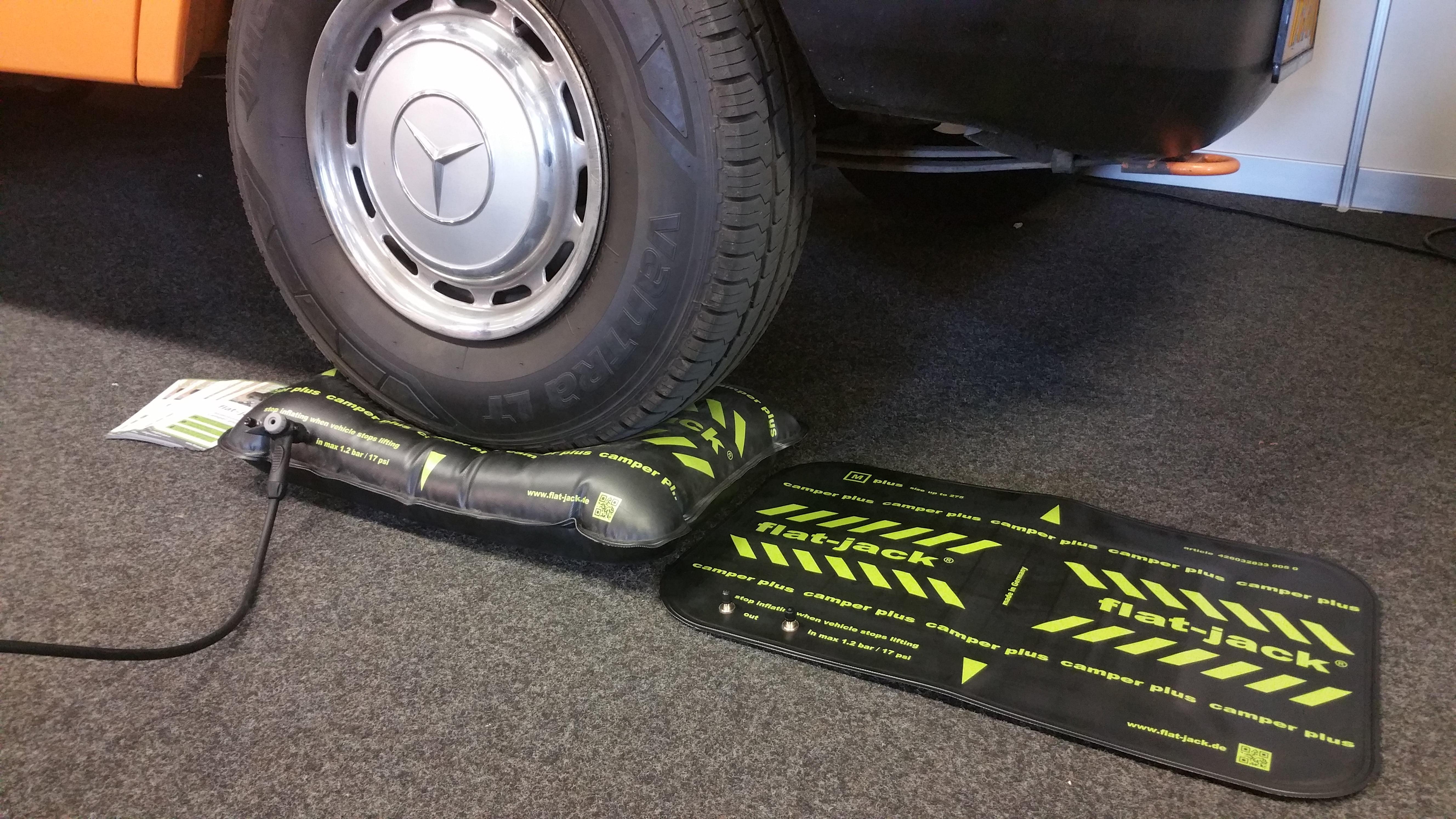 Flat-jack.nl tyre cushion